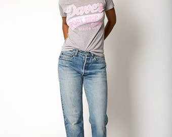 40% OFF The Vintage 50/50 Heather Grey and Pink Dave's Sport Shop Soft Tee Tshirt