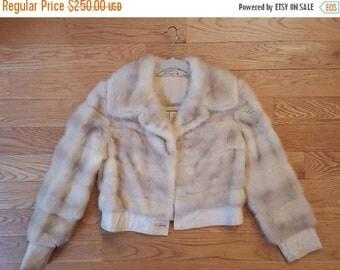 40% OFF The Chic Vintage Nordanfur Pellicceria Creme Beige Mink Fur Coat