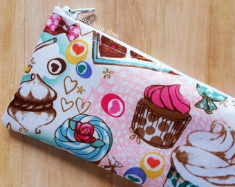 Sweet Pencil Case Zipper Pouch Pastel French Macaron Kawaii Makeup Bag Cute Ice Cream Candy Cakes Lightweight Zippered Bag