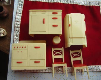 Dollhouse Decor. RENWAL Beige & Red Kitchen Set. Sink, Refrigerator, Stove, Stool, 2 Chairs #357