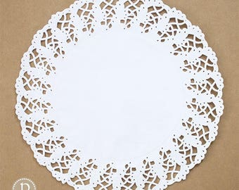 "14 3/4"" Hoffmaster White Round Paper Doilies"