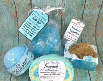 SAND & SEA Bath Box, Sea Sponge Soap, Sea Bling Salt, Bubble Roll, Lotion Bar, Bath Bomb SHIPPING included (usa)