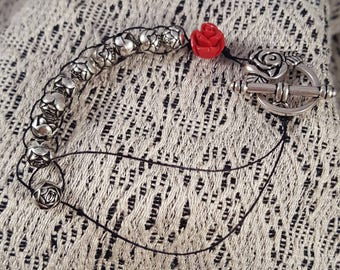 Sacrifice bead bracelet, Rosary bracelet, St. Therese devotion, Silver rosebuds on black with red rose