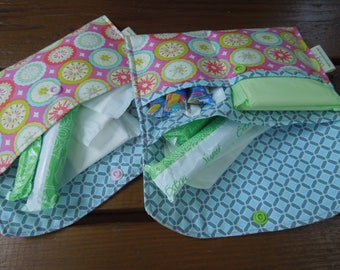 Privacy pouch - Sanitary pad holder - Sanitary pouch - Tampons holder -  Two sizes to choose from -  Pantiliners case - Kumari gardens