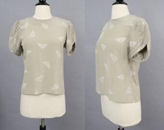 vintage 80s top / 1980s blouse / 80s taupe blouse / geometric print top / 80s secretary blouse / petal sleeve blouse / small