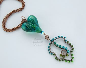 Teal heart pendant, wire leaf pendant, wirework pendant, crystal leaf necklace, green heart necklace, wire wrapped pendant, sparkly heart