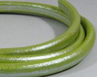 Regaliz Licorice Leather - Metallic Pistachio - RM14 - Choose Your Length