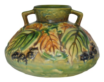 Roseville Pottery Blackberry Vase 568-4