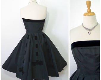 1950s Black Taffeta Dress Strapless Party Cocktail by Cameo New York Full Skirt Velvet Bows Dress Size S