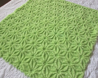 "Fluffy Lime Green Hofmann Daisy Vintage Chenille Bedspread Fabric 24"" x 22"""