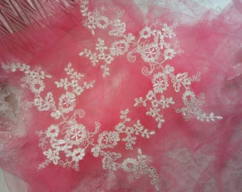 """Embroidered Venice Lace Appliques White Floral Venice Lace Mirror Pair 13"""" (DH107X-wh)"""