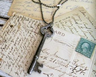 Skeleton Key Necklace, Antique key Necklace, Key Jewelry Steampunk Jewelry Large Skeleton Key Pendant Old Metal Key Necklace, Unisex Jewelry