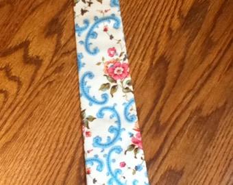 Mens Vintage Print Skinny Tie