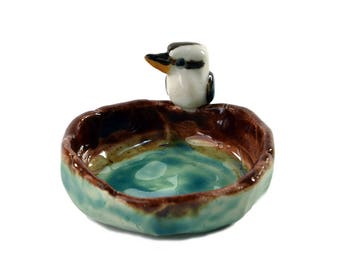 Rustic pinch pot, trinket dish or ashtray with kookaburra / handmade pottery by Anita Reay bird art, bird decor / organic pottery pinch bowl