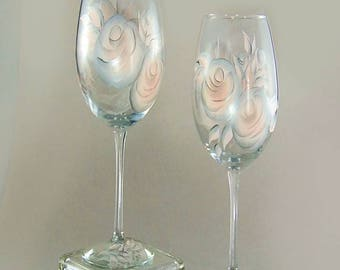 Set of 4 Personalized Blush Pink and Silver Champagne Flutes - Hand-Painted Blush Pink Roses - Custom 25th Anniversary Gift Ideas