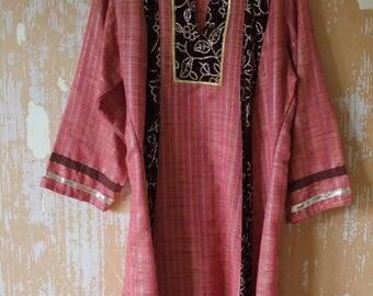 SUMMER SALE vintage.  Indian Cotton Coton Blend Tunic Kurta Dress with Velvet and Sequins Details // M to L