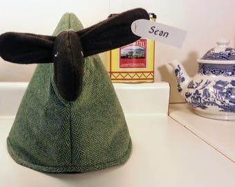 Sheep tea cozy, tea cosy: Sean the sheep cozy