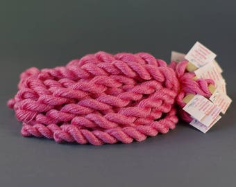 Naturally dyed embroidery yarn, hand-dyed, wool, silk, cashmere thread, embroidery floss, 20m, COCHINEAL, pink color,  277