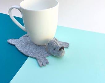 Bear Coaster by Dandyrions / Felt cup coaster / Home decor / Table Setting accessory