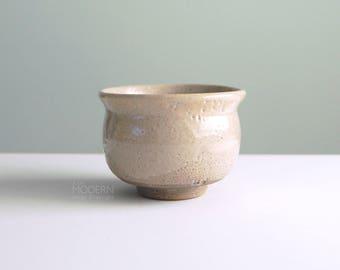 Byron Temple Studio Pottery Stoneware Tea Bowl Chawan Mid Century Modern