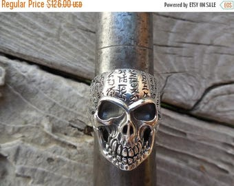 ON SALE Large skull ring in sterling silver