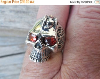 ON SALE Very sinister skull ring in sterling silver