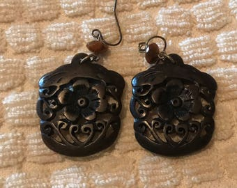 Carved Flower Dangling Pierced Earrings