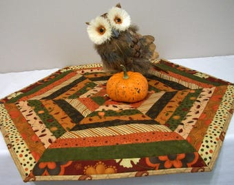 Fall Table Topper Autumn Hexagonal Quilted Quiltsy Handmade FREE U.S. Shipping Thanksgiving