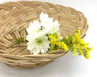 Vintage Woven Straw Basket, Oval Shape, Bread Basket, Storage Basket, Boho, Bohemian Decor, Country Cottage, Farmhouse