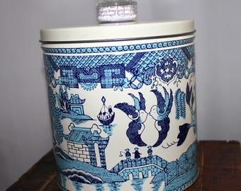 Blue Majic Krispy Kan Blue Willow Vintage Canister