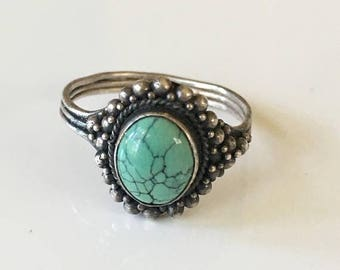 AWAY SALE 20% off vintage turquoise ring - ROBINS Egg 925 silver navajo ring / size 10