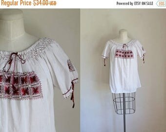 AWAY SALE 20% off vintage 1960s peasant top - SAFFRON embroidery mexican blouse / S