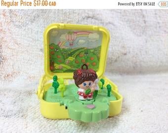 15% OFF Charmkins Pocket Pops Apple Orchard with Figure 1984 Hasbro Kids Toys