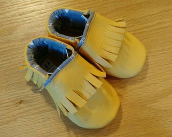 Baby shoes, bold yellow leather fringed moccasins size 4/ 6-12 months, soft soled leather baby shoes