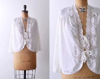 1970's boho flutter blouse. bed jacket. 70 white lace coverup blouse. large.