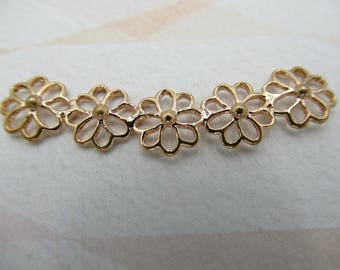 Rose Gold Plated Flower Necklace Centerpiece - Floral Focal Piece - Flower Connector - Flower Pendant - Qty 1 *NEW ITEM*
