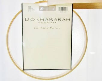 Donna Karan Just Sheer Hosiery Beige Style 224 Small