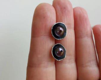 Purple pearl silver stud earrings