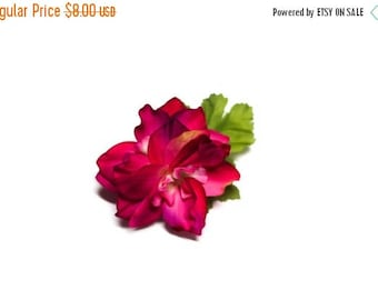FLASH SALE Mini Tropical Magenta Flower Pinup Hair Fascinator Clip ON Sale