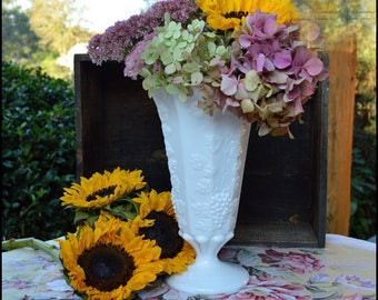 Vintage Milk Glass Vase / Westmoreland Paneled Grape / Milk Glass Wedding Centerpiece / Autumn Decor