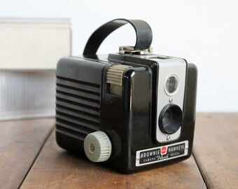 Vintage Camera 1950's Brownie Hawkeye Bakelite Photo Prop
