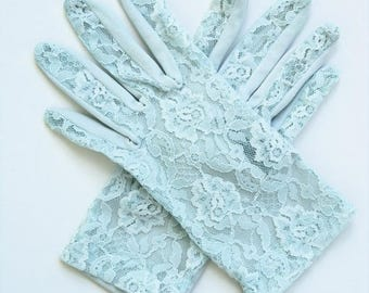 Vintage 60's Women's Gloves Pastel Blue Lace and Stretch Knit Size 6.5