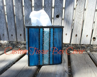 Tissue box cover, Stained glass tissue box cover, Tiffany stained glass tissue box cover, glass tissue box cover, art glass tissue box