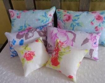 Handmade Cute BJD cushions pillows for 1/4 MSD scale doll