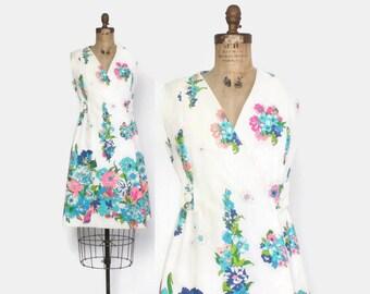 Vintage 60s HAWAIIAN DRESS / 1960s Tropical Floral & Butterfly Sun Dress M