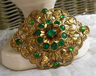 Vintage Antique Victorian rhinestone brooch emerald green rhinestones stamped brass floral brooch old c-clasp