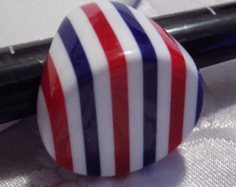 Vintage ring, size 4 & 1/2 red, white, blue 1960s boho lucite patriotic funky ring, statement ring, vintage jewelry