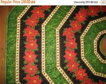 Sale Christmas in July Christmas Tree Skirt Poinsettias, quilted, fabric Quilting Treasures