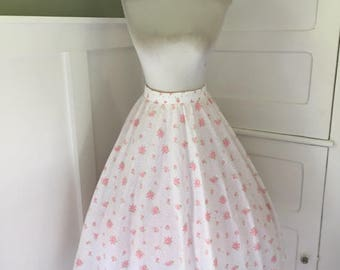 VINTAGE 1950s 1960s Pink and White Floral Cotton Swing Style Full Skirt