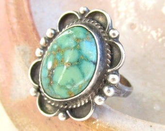 Green Turquoise and Sterling Silver Ring VINTAGE 1970s Natural USA Turquoise size 7 3/4